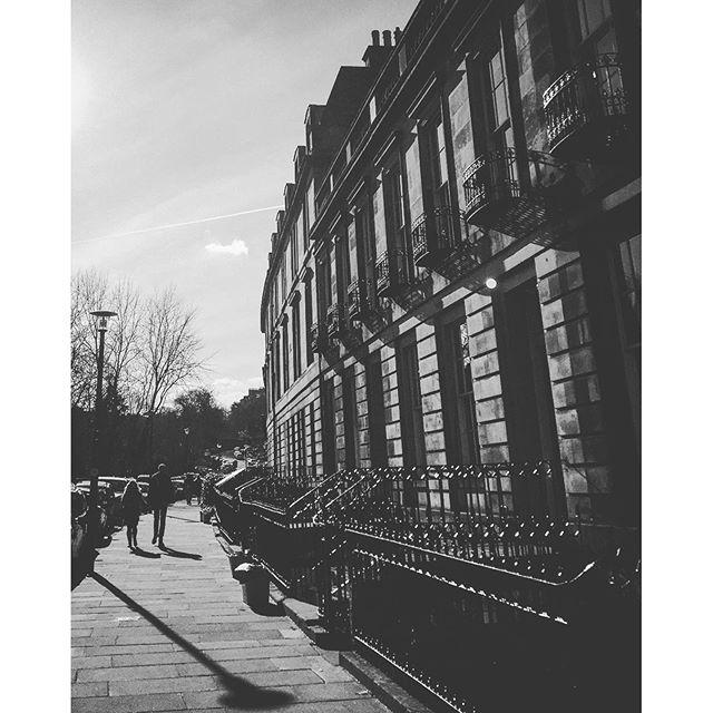 #edinburgh #scottish #scotland #igersedinburgh #uk #edinburg #igscotland #instagramers #bestoftheday #britain #instalikes #instaphoto #instapic #instadaily #beautiful #instamood #ic_cities #city #urban #love #town #stockbridge #architecture #sun #spring #sunlight #bw #shadow #blackandwhite