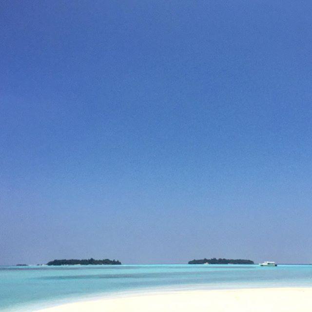 #male #maldives #kandooma #travel #instagood #picoftheday #palmtrees #sun #easter #traveling #instatravelhub #holiday #vacation #travelling #hot #love #ilove #instatravel #tourist #instalife #tourism #ihg #holidayinn #maldivesislands #maledives2016 #beach #sand #blue #sunset #sunsetlovers