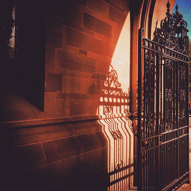 #manchester #uk #manchesteruniversity #whitworthhall #spring #photooftheday #nature #mcruk #abstractmybuilding #mcr_collective #picoftheday #beautiful #shapes #cool #architecture #bluesky #sunlight #manchestergram #mcr #university