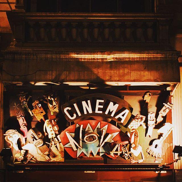 #brussels #belgium #europe #european #grandplace #bestoftheday #instalikes #home #instaphoto #instapic #instadaily #beautiful #instamood #ic_cities #city #urban #love #town #urbano #streetart #untappedcities #street #travel #cinema #graphics #cinemanova