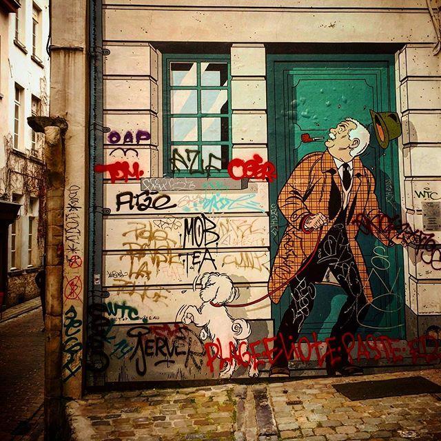 #brussels #belgium #europe #european #grandplace #bestoftheday #instalikes #home #instaphoto #instapic #instadaily #beautiful #instamood #ic_cities #city #urban #love #town #urbano #streetart #untappedcities #street #travel #graffiti