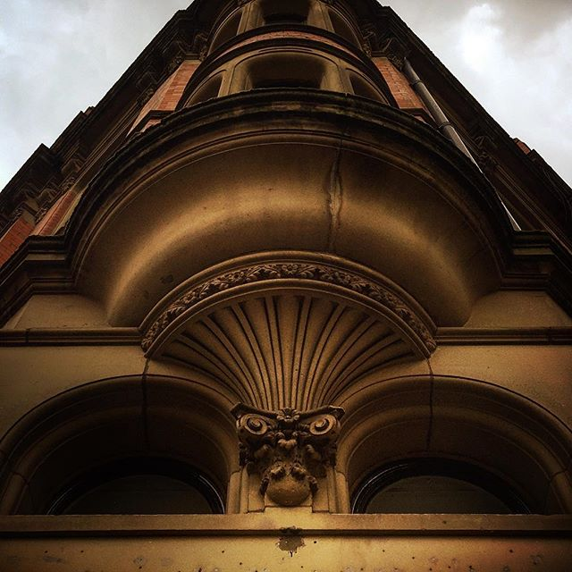 #manchester #uk #lookingup  #photooftheday #nature #mcruk #abstractmybuilding #mcr_collective #picoftheday #beautiful #shapes #cool #view #architecture #england #thisismcr #architexture #architectureporn #archdaily