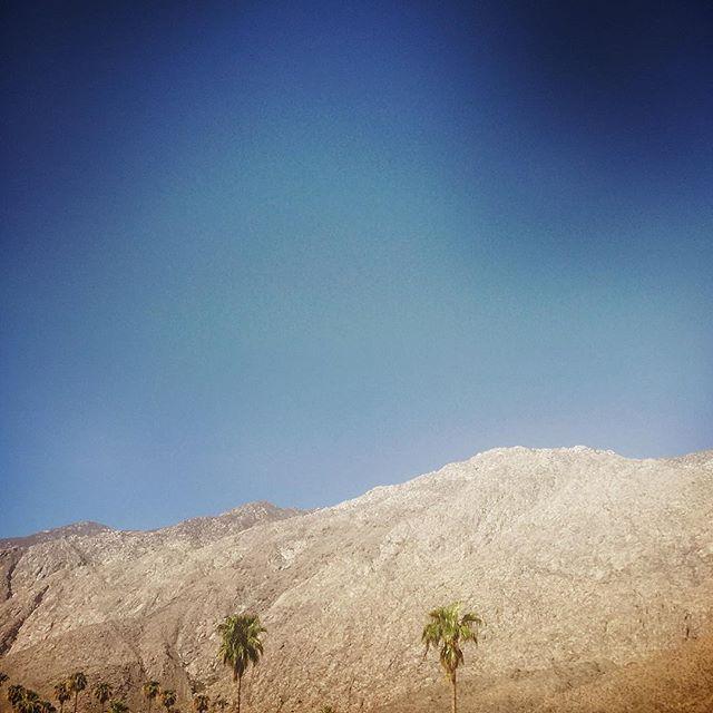 #palmsprings #freeway #driving #la #losangeles #us #usa #america #hollywood #hot #ilovela #california #cali #urbano #urbanart #instahub #ic_cities #city #urban #love #town #igshots #justgoshoot #fabshots #implus_daily #popularpic #loveit #summer2016 #hot