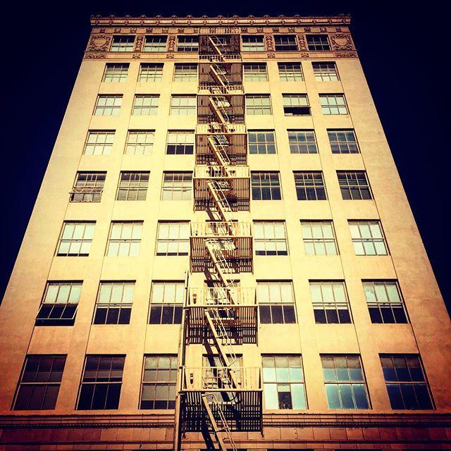 #longbeach #socal #lookingup #architecture #us #usa #america #la #losangeles #us #usa #america #hollywood #hot #ilovela #california #cali #instahub #ic_cities #love #igshots #justgoshoot #fabshots #implus_daily #popularpic #loveit #hollywood #hot
