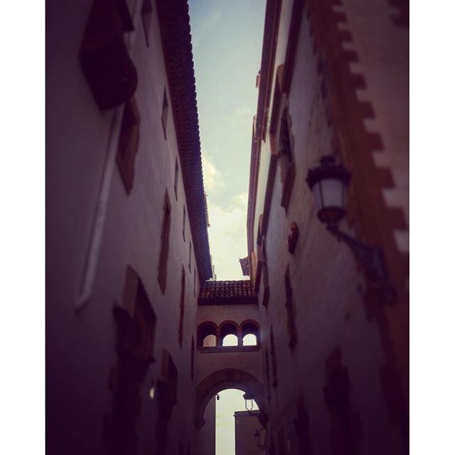 #sitges #spain #spainish #fotodeldia #espana #españa #paradise #gf_spain #global_hotshots #español #european #hot #foto #casa #fotodeldia #beautiful #amor #home #sol #paisaje #catalunya #cielo #europe #catalunyaexperience #photografy #love #santatecla