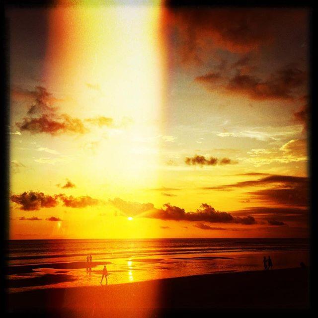 #sunset #whotel #bali #seminyak #indonesia #whotelbali #sunset #travel #traveling #instatravelhub #holiday #vacation #travelling #sun #hot #love #ilove #instatravel #tourist #instalife #tourism #global_hotshots #ig_today #ig_global_life #igglobalclub #zoomthelife #crisp_captures #thebaliguru