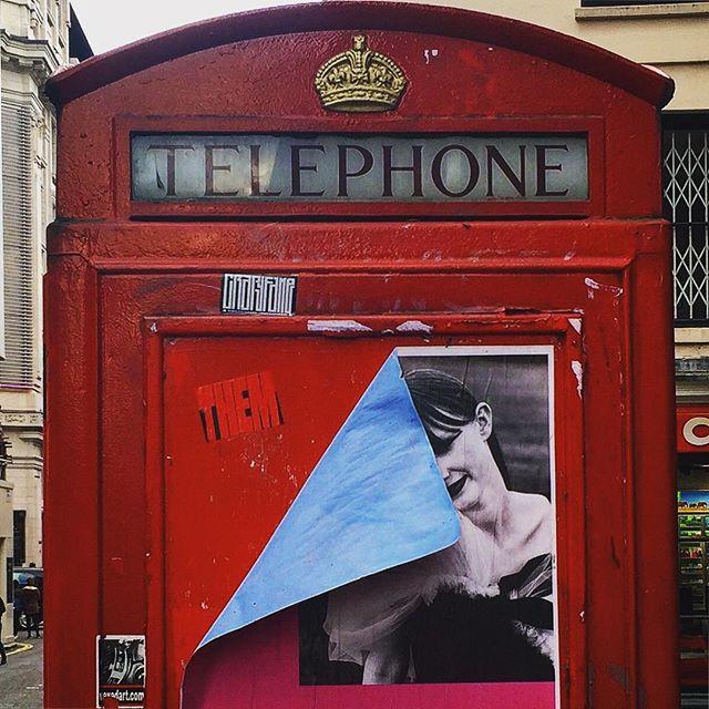 #london #england #londres #instalondon #londoner #iglondon #londra #uk #britain #ilovelondon #instahub #ic_cities #urban #city #town #igshots #justgoshoot #fabshots #implus_daily #popularpic #love #streetphotography #art #primeshots #street #architecture #soho #red #redphonebox