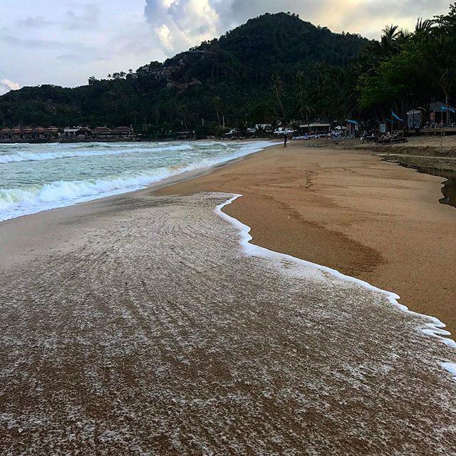 #thailand #kohsamui #beach #travel #chaweng #kohphiphi #picoftheday #sun #clouds #thailand_allshots #thailandsky #thailandonly #thailandinstagram #travel #instatravelhub #holiday #vacation #travelling #sun #hot #love #instatravel #tourist #instalife #tourism #thai #christmas #global_hotshotz