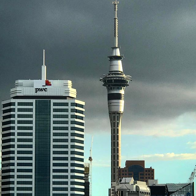 #newzealand #auckland #aucklandcity #aucklandharbour #skytower #skyline #earthfocus #fantastic_earth #earthpix #adventureculture #awesomeglobe #tourtheplanet #earthofficial #discoverearth #lifeofadventure #summer #travel #beautiful #love #iphoneonly #photooftheday #picoftheday #bestoftheday