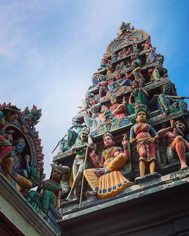 #singapore #chinatown #architecture #iphoneonly #photooftheday #picoftheday #bestoftheday #instagramhub #instahub #igers #travel #travelgram #singaporean #singaporelife #instatravelhub #holiday #vacation #love #ilove #instatravel #tourist #traveler #instalive #instalife #ig_today #ig_global_life #igglobalclub #zoomthelife #sgheritage #temple