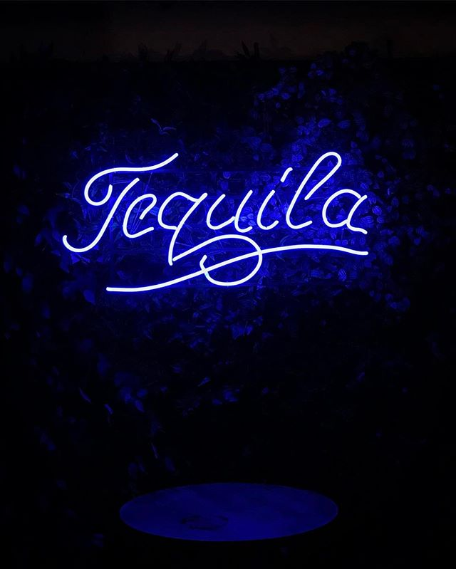 #singapore #duxtonhill #tequila #mexican #mexicanfood #neon #love #iphoneonly #photooftheday #picoftheday #bestoftheday #instagramhub #instahub #igers #travel #travelgram #traveling