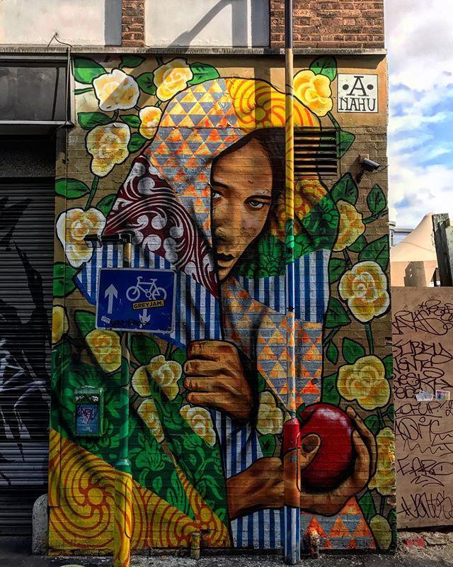 #anandanahu #eastlondon #rivingtonstreet #shoreditch #london #england #instalondon #londoner #uk #britain #ilovelondon #urbanart #igshots #fabshots #love #streetphotography #buildinggraffiti #graffitiart #art #streetart #primeshots #instagraffiti #street #wallart #wall #colour #color #streetartistry #artist #graffiti
