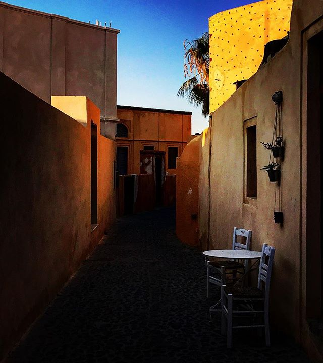 #greece #santorini #oia #nature #sky #sun #fira #summer #beautiful #sunset #sunset_united #allnatureshots #beauty #light #photooftheday #love #skylovers #sunsethunter #nature_perfection #sunset_madness #sunsetsniper #sunset_pics# #picoftheday #view #architecture #all_shots #beach #instagood #holiday