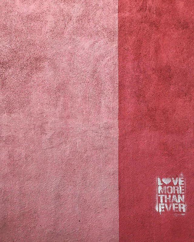 #sandiego #northpark #la #losangeles #us #usa #america #hollywood #hot #ilovela #california #cali #urbanart #instahub #ic_cities #city #urban #love #igshots #justgoshoot #fabshots #implus_daily #popularpic #loveit #graffiti #streetart #perspective #street #pink