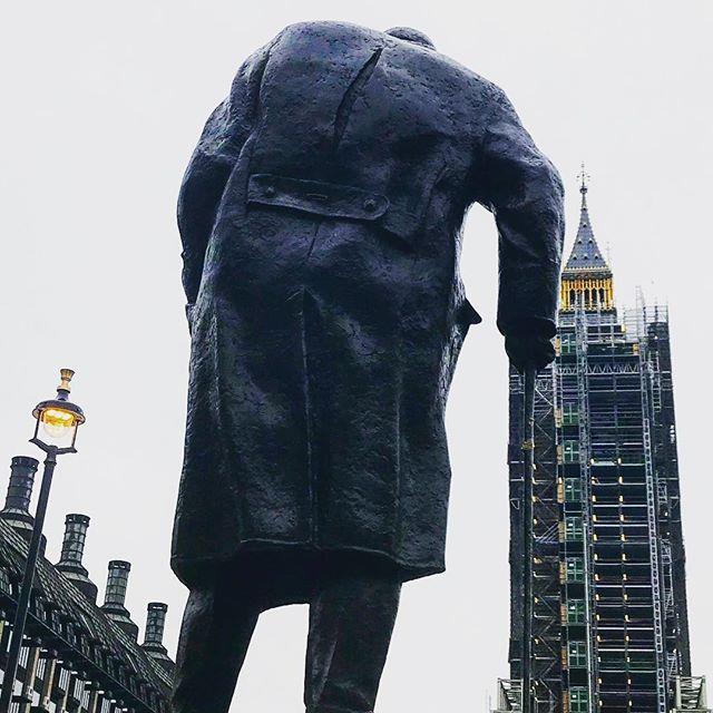 #london #england #bigben #winstonchurchill #instalondon #londoner #uk #britain #ilovelondon #urbano #urbanart #instahub #ic_cities #urban #city #town #igshots #justgoshoot #fabshots #implus_daily #popularpic #love #streetphotography #art #primeshots #street #architecture