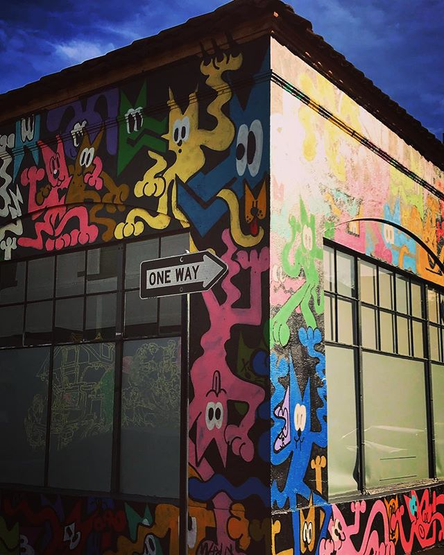 #sanfrancisco #sf #california #ca #mission #graffiti #streetart #howsfseessf #us #usa #america #hot #ilovela #california #cali #urbanart #ic_cities #city #urban #love #igshots #justgoshoot #fabshots #popularpic #loveit #architecture #vacation #nowrongwaySF #sanfranciscoworld #upoutsf