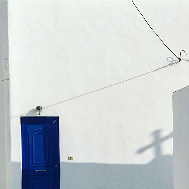 #greece #mykonos #littlevenice #white #mykonostown #sun #pretty #shadow  #beauty #light #photooftheday #love  #summer #abstractmybuilding #picoftheday #cool #view #architecture #all_shots #beach #instagood #holiday #church