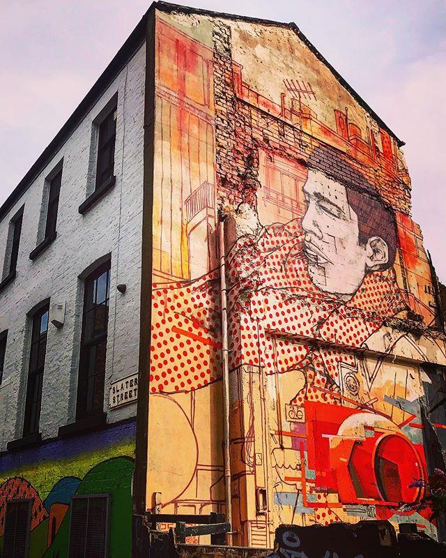 #liverpool #uk #streetphotography #streetart #photooftheday #lookingup #abstractmybuilding #picoftheday #beautiful #cool #view #architecture #england #liverpoolecho #igersliverpool #scousescene #bestliverpoolphoto #liverpoolcity #amateurphotography #itsliverpool #igersmersey #igersliverpool #visitliverpool #bestliverpoolphoto